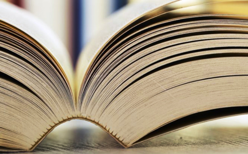 Percetakan buku fiksi